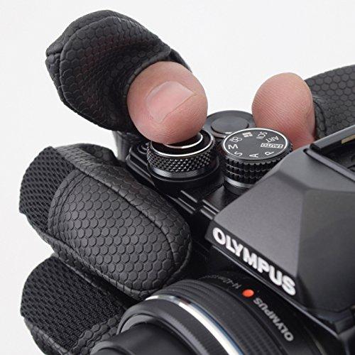 エツミ『カメラマングローブII』