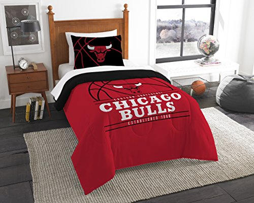 The Northwest Company Officially Licensed NBA Chicago Bulls Reverse Slam Full/Queen Comforter and 2 Sham Set