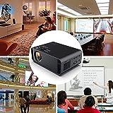 Diyeeni 1080P 3D Mini Proyector Portátil Digital,16770K Colores,Proyección LCD,Suporta MP4, WMA,AAC,RMVB, AVI, RM, MKV,Admite USB Dual,HDMI,Interfaz VGA,Auriculares, AV, KTV,Rotación 360 ° (EU Plug)