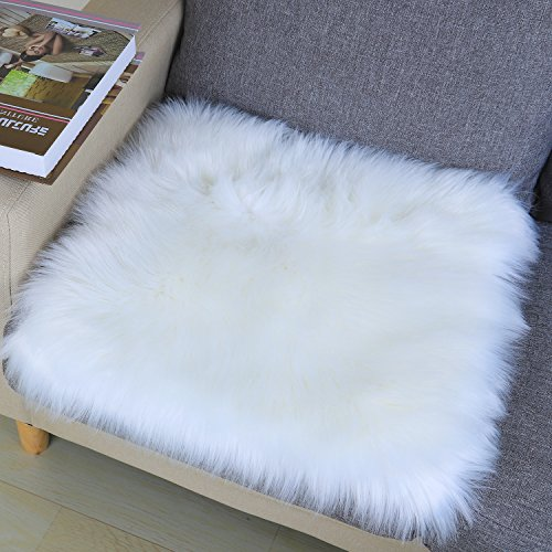 Noahas Faux Fur Sheepskin Silky Seat Cushion, Home Decor Long Wool Area Rugs Carpet, Soft Fluffy Plush Chair Seat Pads Universal Fit for Home Office Restaurant Chair, 1.6ft x 1.6ft White