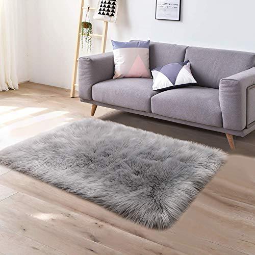 YJ.GWL Soft Faux Sheepskin Fur Area Rugs for Bedroom Floor Shaggy Plush Carpet Faux Fur Rug Bedside Rugs, 3 x 5 Feet Rectangle Grey