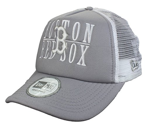 New Era Casquette Boston Red Sox 9Forty Adjustable Trucker Cap Word Stack in grey/white