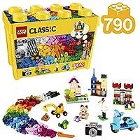 Include tanti mattoncini LEGO in 33 colori diversi Contiene 8 tipi di finestre e di porte, con 8 telai diversi Gli elementi speciali includono 2 basi verdi di dimensioni diverse, 3 set di occhi, 6 pneumatici e 6 cerchioni LEGO Classic è ottimale per ...