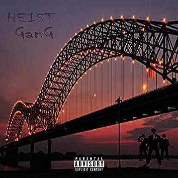 Heist Gang (feat. Kaio Kenzy)