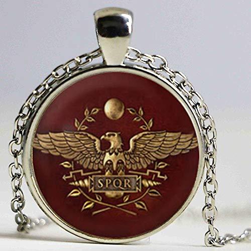 Total War Rome - Collar con colgante de cúpula de cristal