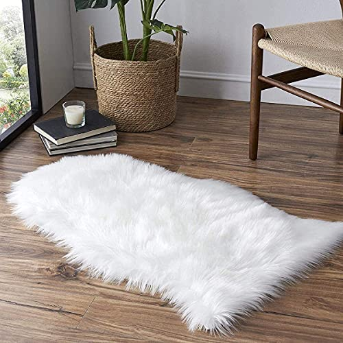 KAIHONG Faux Fur Sheepskin Style Rug (50 x80 cm) Faux Fleece Chair Cover Seat Pad Soft Fluffy Shaggy Area Rugs For Bedroom Sofa Floor (white, 50 x 80cm)