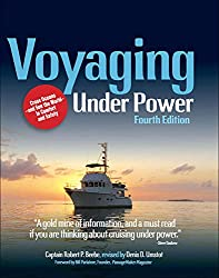 Voyaging Under Power von Robert P. Beebe