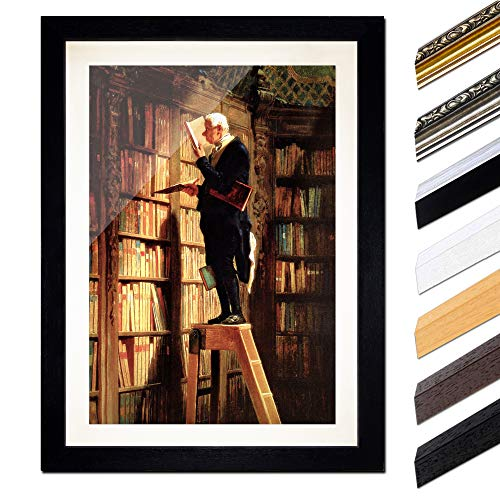Bild mit Rahmen - Carl Spitzweg Der Bücherwurm 60x80 cm ca. A1 - Gerahmter Kunstdruck inkl. Galerie Passepartout Alte Meister - Rahmen schwarz