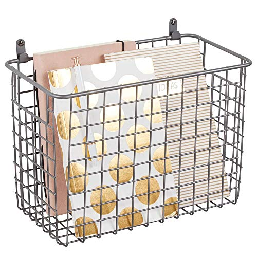 mDesign Wandregal aus Metall – großer Ablagekorb für Flur, Schlafzimmer und andere Räume – Organizer für Briefe, Geldbörsen, Sonnenbrillen oder Badaccessoires – grau