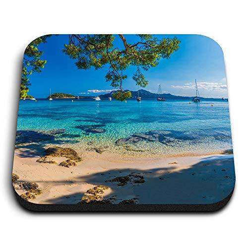Destination 46135 - Imanes cuadrados de madera de densidad media, diseño de Playa de Formentor Palma Mallorca España para oficina, armario y pizarra, pegatinas magnéticas, 46135