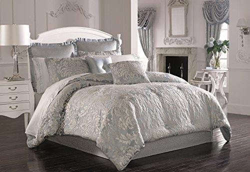 Five Queens Court Faith 4-Piece Comforter Set, King Size