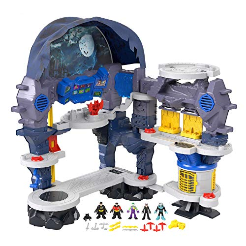 Fisher-Price Imaginext DC Super Friends Super Surround Batcave, interactive Batman playset with lights, sounds and 5 exclusive figures