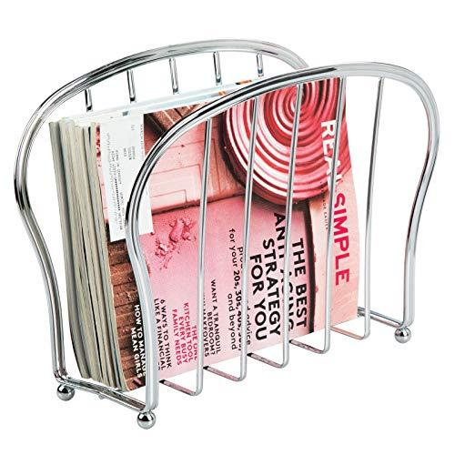 mDesign Zeitungsständer zum Aufstellen – eleganter Zeitschriftensammler aus Metall (BHT: 35,5 x 28,0 x 15,0 cm) für Badezimmer oder Büro – Zeitungshalter für Zeitungen etc. – silberfarben