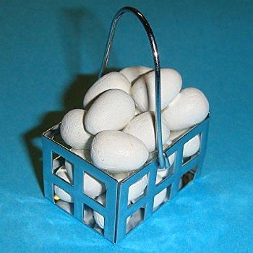 Miniatures World - Metalen mand met witte eieren voor miniatuurdecoraties en poppenhuizen in schaal 1:12