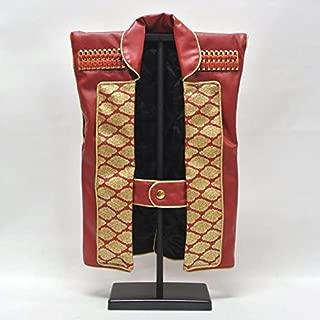 『陣羽織単品 フェイクレザー(レッド) 化粧箱とスタンド付き』 初節句の御祝品にカッコイイ陣羽織はいかがですか?