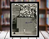 Willie Mays - The Catch Autograph Replica Print - Desktop 8x10
