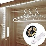 Striscia Luminosa LED sensore di movimento,Luce LED da guardaroba,Batteria Caricata Luce Notte LED per Armadio,Scale, Corridoio, Cucina, Garage (Luce fredda, 3 metri)