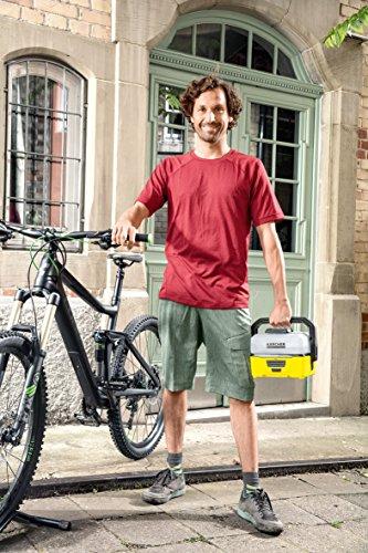Kärcher Mobile Outdoor Cleaner OC 3 Bike Box (Wassertankvolumen: 4 l, Lithium-Ionen-Akku, abnehmbarer Wassertank, schonender Niederdruck, Universalbürste, Motorrad-/Fahrradreiniger, Mikrofasertuch) - 4