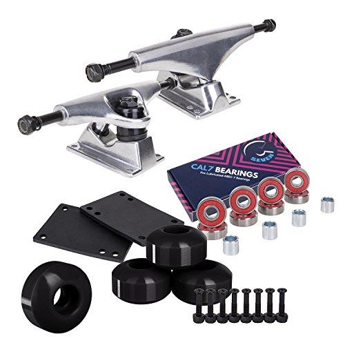 Cal 7 Skateboard-Paket | Komplettes Kombi-Set mit 139 mm Aluminium-Trucks, 52 mm 99A Rollen und Kugellagern (silberner LKW + schwarze Räder)