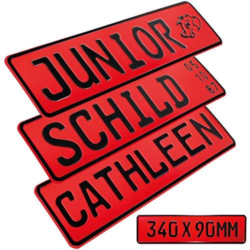1 Stück Kennzeichen Junior-Schild 34cm x 9cm Bohrung Farbwahl Wunschtext Wunschprägung Muster Datum Namenskennzeichen Bohrung / Saugnäpfen Namensschild Bobbycar Kettcar FUN Schild in Rot