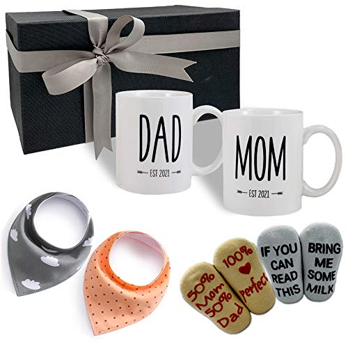 Accgz New Parents Pregnancy Gift Est 2021 - New Mommy and Daddy Est 2021 11 oz Mug Heart Expecting Mother to be - Baby Shower Gender Reveal