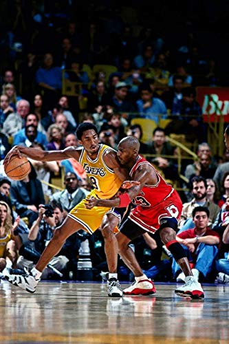 Vinyl Etchings Michael Jordan & Kobe Bryant 1998 Action Glossy Photograph Photo Print, 24' x 36' (60 x 91.5 cm)
