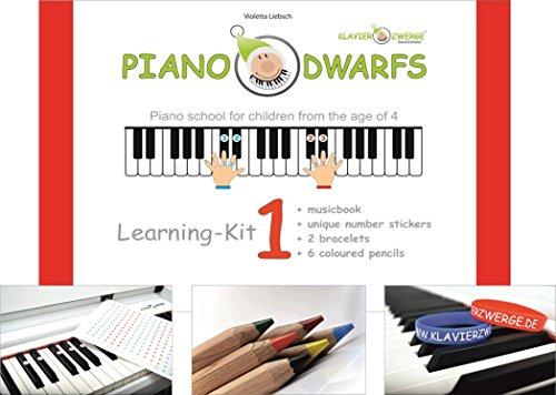 Klavier lernen_Piano Dwarfs_ENGLISCHE AUSGABE des Klavierzwerge Lern Set 1_Notenbuch 1 inkl. Zubehör | bilinguales Klavierspielen mit Freude erlernen | Klavierschule für Kinder ab 4 Jahren