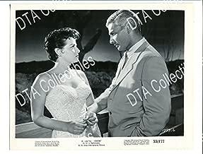 MOVIE PHOTO: FOXFIRE-1955-8X10 PROMO STILL-JEFF CHANDLER-Jane Russell FN