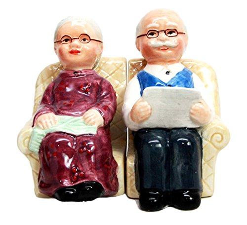 Old couple salt and pepper shaker set