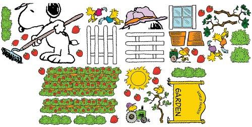 Eureka Snoopy's Spring Strawberry Patch Bulletin Board Sets (847686) Photo #2