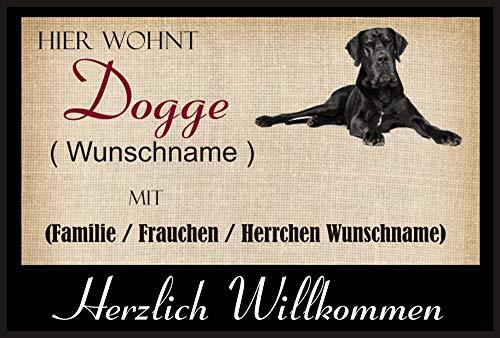 Crealuxe Fussmatte/Hundemotiv - Herzlich Willkommen/Hier wohnt Dogge (Wunschname) mit Familie (Wunschname) - Fussmatte Bedruckt Türmatte Innenmatte Schmutzmatte lustige Motivfussmatte