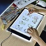 XIAOSTAR A4 LED Tavoletta Luminosa Copia Board Super Sottile Light Box Disegno Pad Tavolo Tracciante Cavo USB con Luminosità Regolabile per Artisti, Drawing, Schizzi(Pacchetto Regalo)