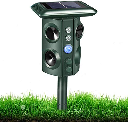 Ultrasonic Animal Chaser, Motion sensor function, Flashing Light and USB Charge, Outdoor Farm Garden Yard , Effective for Cats, Dogs, Foxes, Birds, Skunks and More