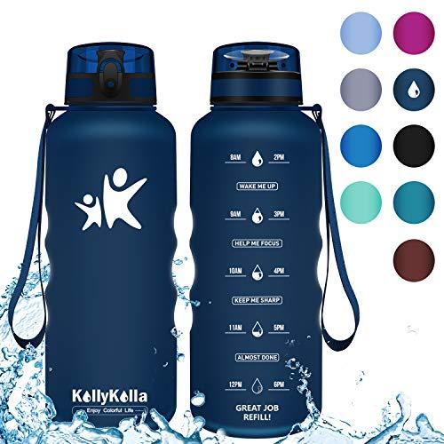 KollyKolla Botella Agua Sin BPA Deportes -1.5L, Reutilizables Ecológica Tritan Plástico, Bebidas Botellas con Filtro & Marcador de Tiempo, para Cámping, Tapa Abatible de 1 Clic, Azul Oscuro Mate