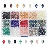 Kurtzy Cuentas para Hacer Pulseras de Vidrio (Pack de 225) 12 x 7,7mm – 15 Colores Variados - Cuentas de Colores en Forma de Gota Manualidades – Pequeños Abalarios para Pulseras con Caja de Plástico