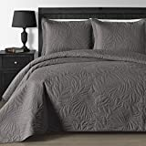 Comfy Bedding Extra Lightweight and Oversized Thermal...