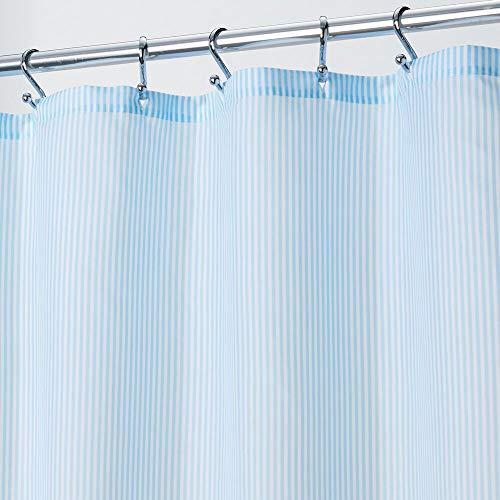 mDesign Duschvorhang aus Stoff – elegante Duschgardine mit 183 cm x 183 cm für Dusche & Badewanne – klassisches Badzubehör mit verstärkten Löchern – hellblau