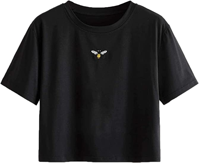 black simple t-shirt with a humming bird, good fit, cropped