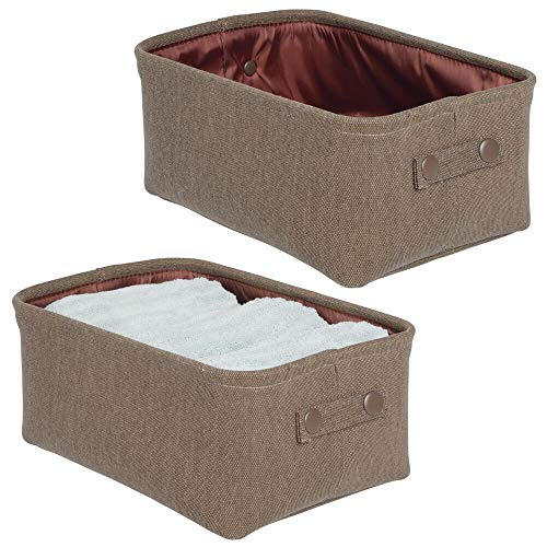 mDesign Juego de 2 cestas de tela con forro y diseño estructurado – Ideal como cesto para baño u organizador de cosméticos – Práctico organizador de baño de algodón y metal con asas – marrón oscuro