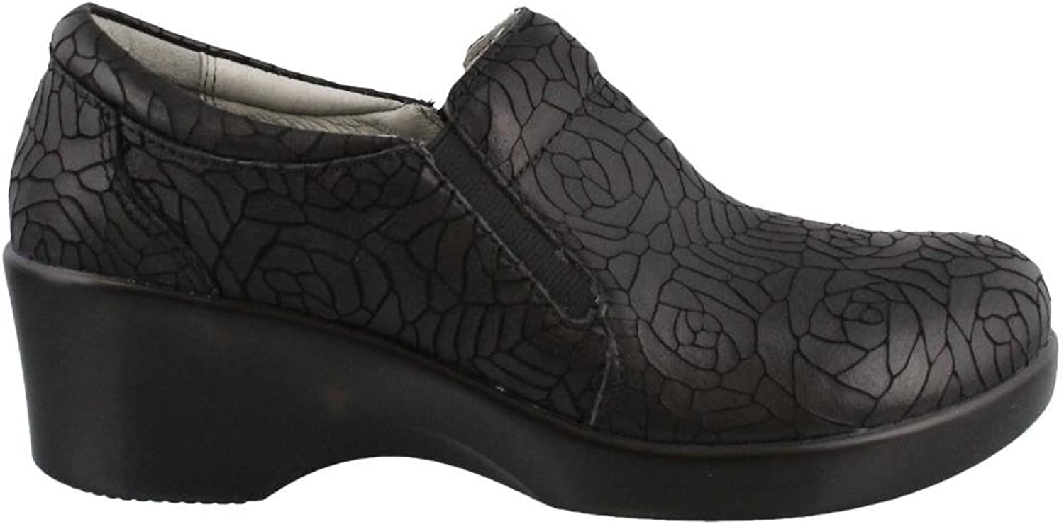 Women's Algeria, Eryn Slip on Mid Heel Clogs BLACK 4.1 M