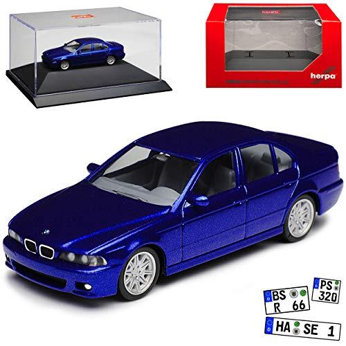 B-M-W 5er M5 E39 Limousine Monte Carlo Blau Metallic 1995-2004 mit Sockel und Vitrine H0 1/87 Herpa Modell Auto mit individiuellem Wunschkennzeichen
