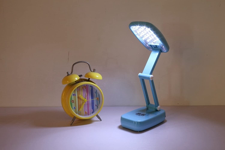 HRMAOI,LED, Auge, natürliches Licht, Tischlampe, studieren, arbeiten, Falzen, tragbare, wiederaufladbare, Lampen, A-blau