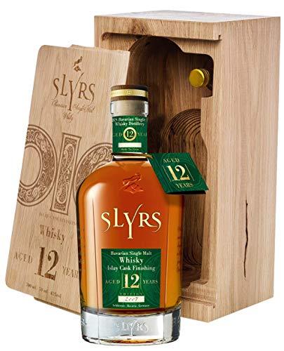 Slyrs 12 Jahre Islay Cask Finishing, Bavarian Single Malt Whisky, Holzkist mit 1 x 0,7l. und 1 Miniaturflasche mit 5cl.
