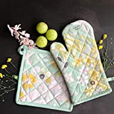 PIXEL HOME Printed Cotton Oven Mitten with Pot Holder (Multicolour)