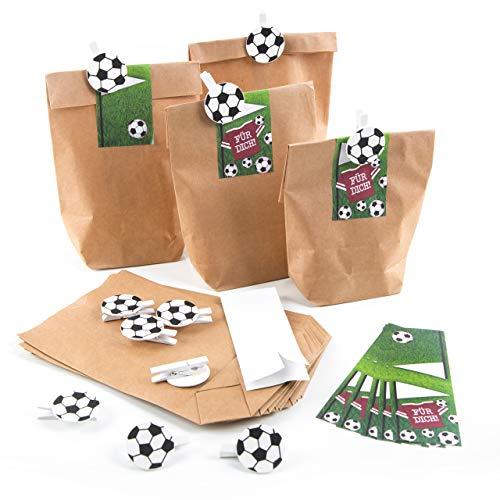 Logbuch-Verlag 12 Papiertüten + Fußballklammern + Aufkleber Mitgebsel Give-Away Kindergeburtstag Junge Fußballparty Fußball Deko Geschenk Fußballfans