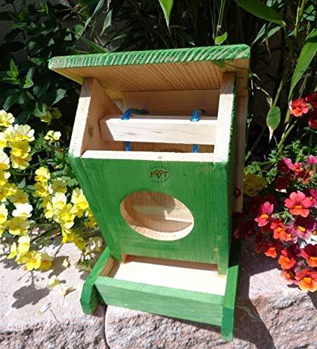 Vogelfutterstation-BTV-X-VOFU1K-gras001 XXL PREMIUM Vogelhaus Futterstation grasgrün Marien Käfer grün PURE GREEN Garten grüner Nistkasten Insekten, als Ergänzung zum Meisen Nistkasten Meisenkasten oder zum Insektenhotel, Vogelfutterhaus Futterstationen für Vögel, Vogelhäuschen / Vogelvilla zum Hängen und Aufstellen von BTV - 3