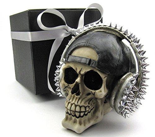 Deko Totenkopf Toten-Schädel Skull mit Basecape und Kopfhörer, Geschenk-Set Elegante Geschenk-Box schwarz Gothic Mystik Fantasy Party-Geschenk