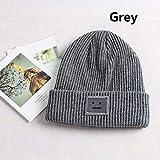 Versión Coreana del Nuevo Sombrero otoño e Invierno Moda Sombrero de Punto cálido British Smiley Head Sombrero de Punto Casual para Mujer Sombreros al Aire Libre-Grey