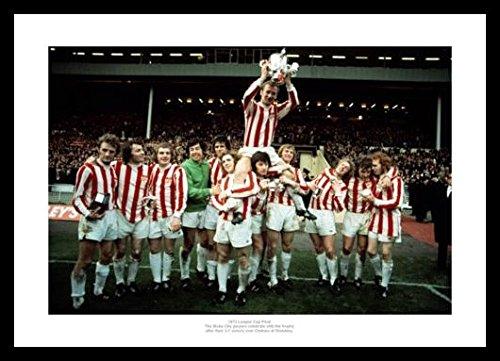 Home of Legends Framed Stoke City 1972 League Cup Final Team Celebrations Photo Memorabilia