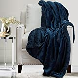 The Connecticut Home Company Soft Fluffy Warm Velvet and Sherpa Throw Blanket, Luxury Thick Fuzzy Blankets for Home and Bedroom Décor, Washable Accent Throws for Sofa Beds, Couch, 65x50, Navy Blue
